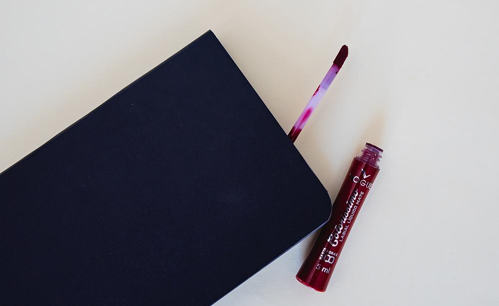 Aplicador del labial líquido Colorissima de Vogue
